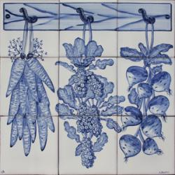 1124 Portuguese panel tile from Portugal